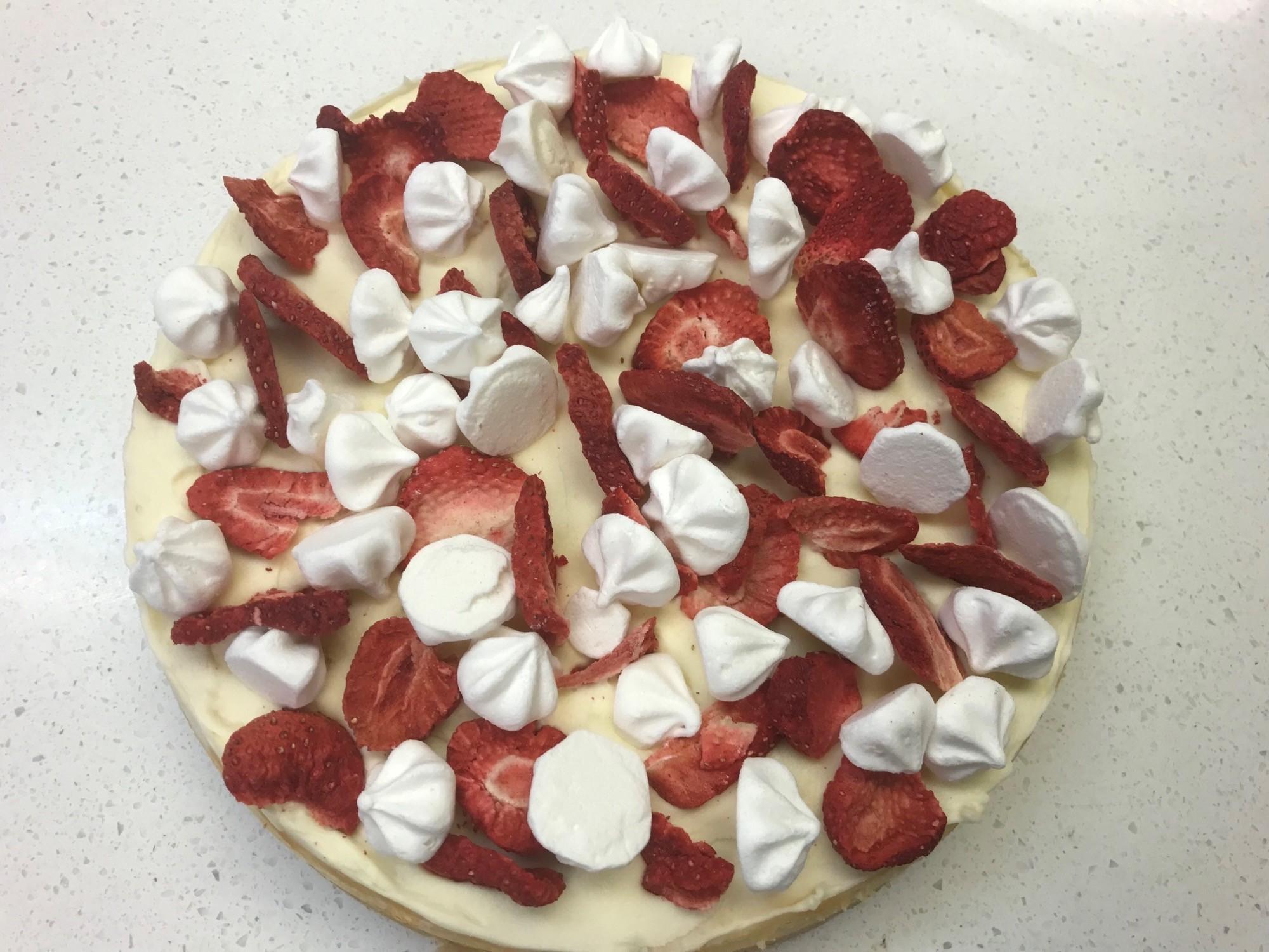 Sidoli Gluten Free Strawberry Eaton Mess Cheesecake
